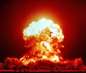 705px-nuclear_fireball