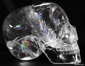 Clear-Quartz-Rock-Crystal-Mitchell-Hedges-Crystal-Skull-Replica-10