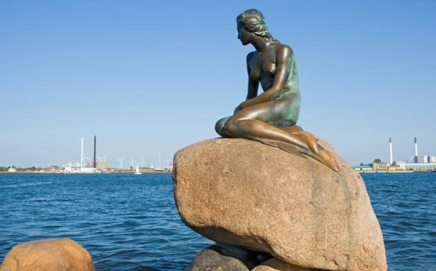 Patung Little Mermaid