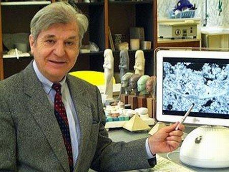 Profesor Joseph Davidovits